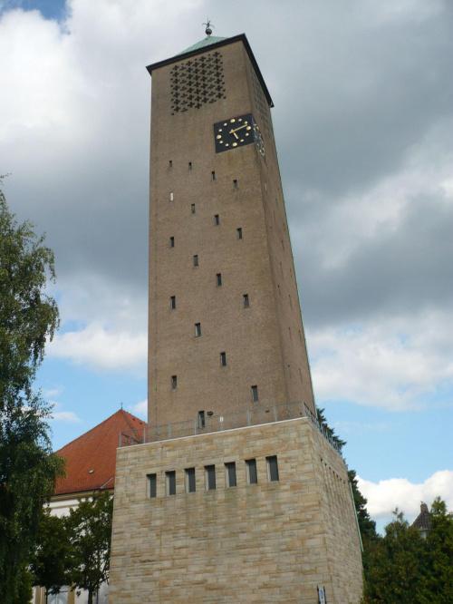 która godzina??? #wakacje #niemcy #wieża #zegar #dzwonnica