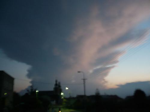 Niebo nad Stawiskami #stawiski #niebo #chmury #wieże