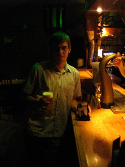 pierwsze piwo...zdjęcie autorstwa Gajowego Wojciecha